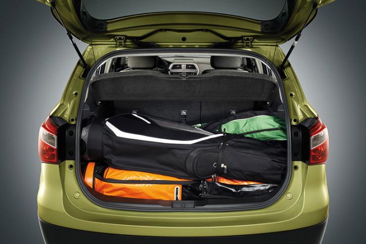 25_sx4_luggage